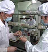 与多家科研机构与专业院校建立战略合作关系